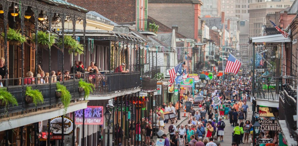 A complete new orleans guide eat drink like a local - Bourbon street piastrelle ...